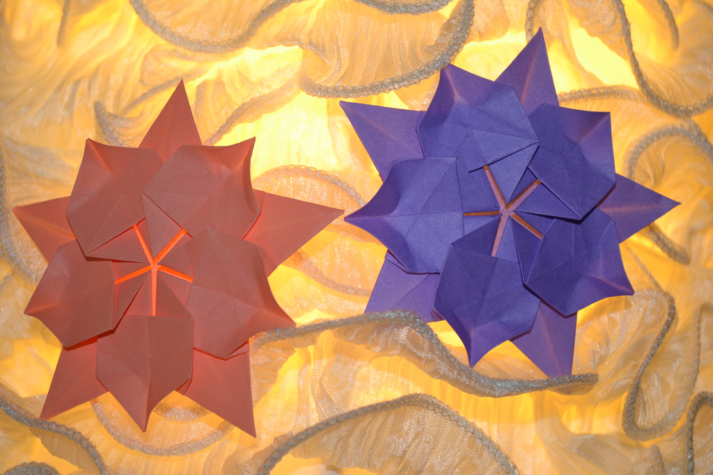 Origami-Window-Display-Props